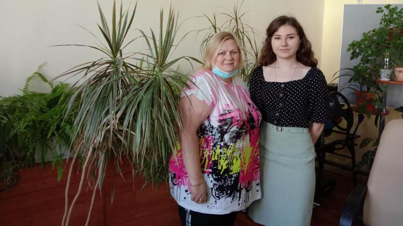 Cтудентки МПЭК в сопровождении преподавателя М.А. Ломакиной сдали ЕГЭ по Английскому языку