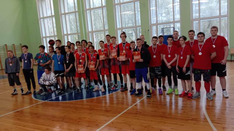 Поздравляем Серебряных призёров Спортивных Соревнований по «Волейболу и Баскетболу» в рамках Спартакиады РЭУ