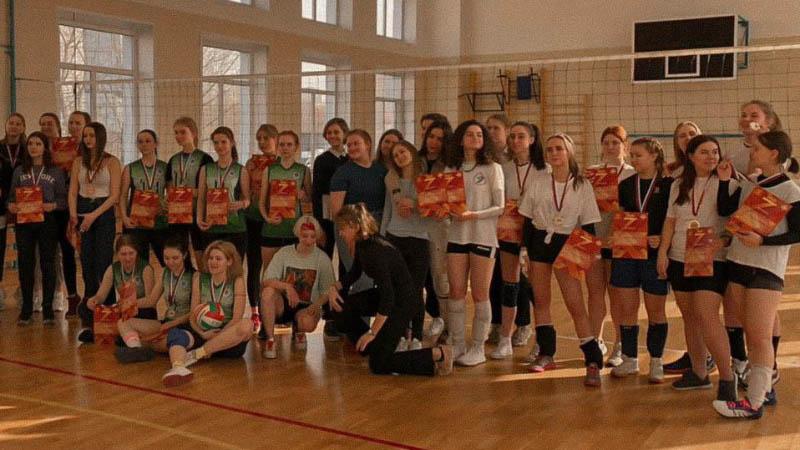 Поздравляем Женскую Сборную команду МПЭК по Волейболу c 1 местом в соревнованиях «Плехановских спортивных игр 2020/2021»