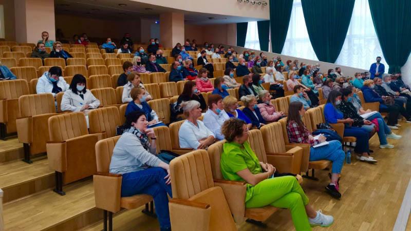 Проведены родительские собрания для родителей 1 курсов (07.09.2021)