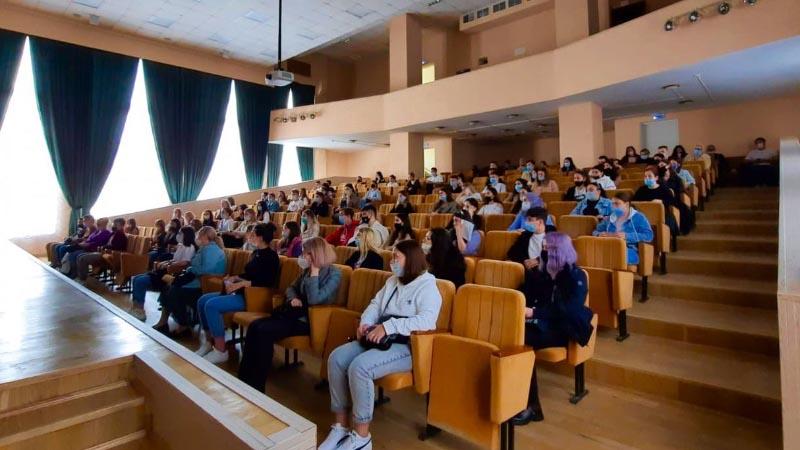 С 25.08.2021-27.08.2021гг. были проведены собрания для студентов I курсов