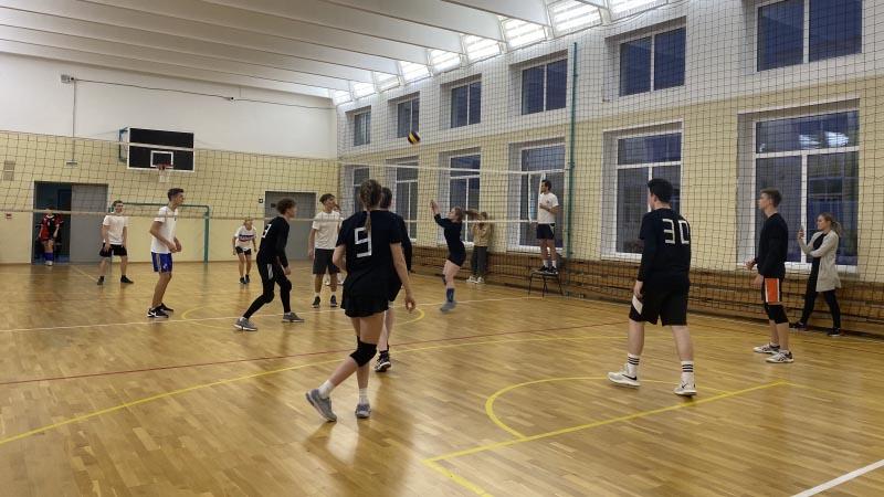 Участие команд МПЭК по волейболу в Плехановской Спортивной Лиге